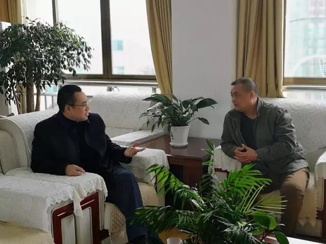 黔南州委副书记、州委政法委书记罗桂荣到龙里调研
